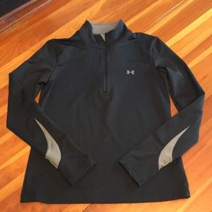 Under Armour 1/4 Zip Long Sleeve Athletic Shirt